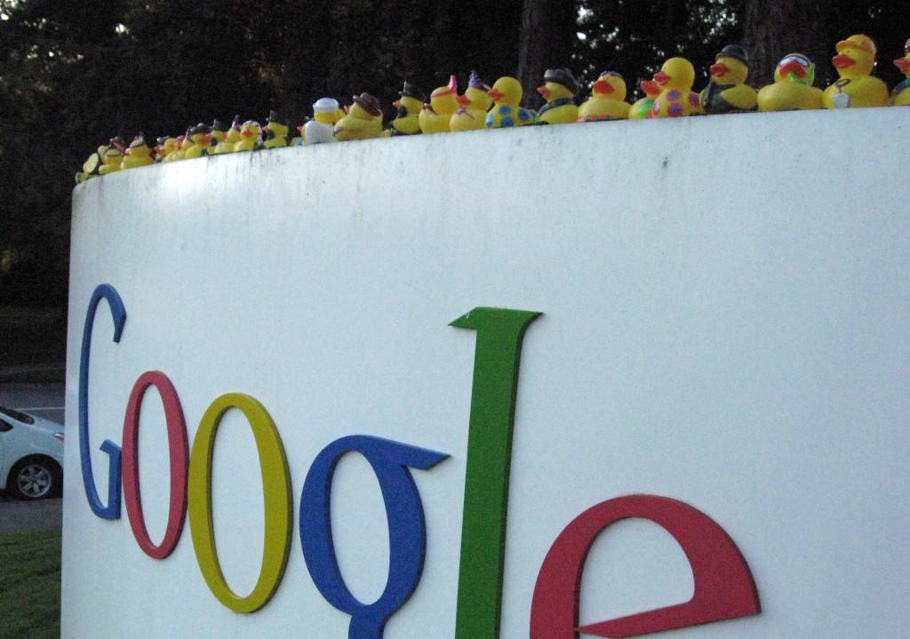 Google sorprende con Google Genie
